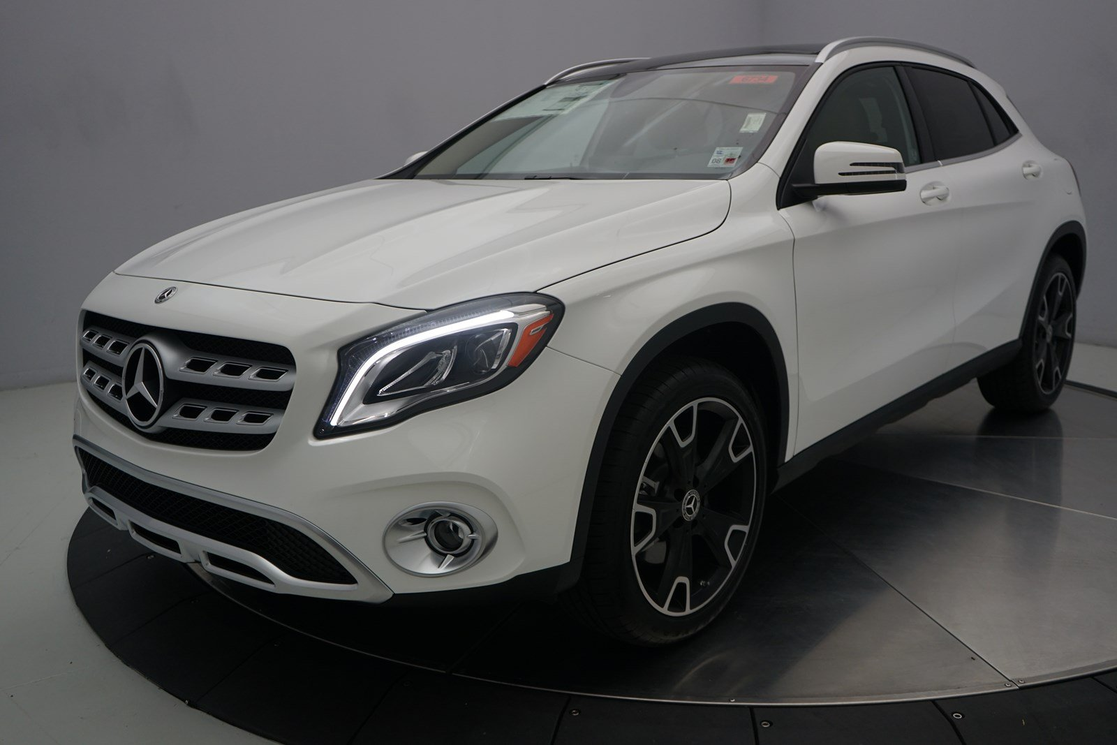new 2019 mercedes benz gla gla 250 sport utility in. Black Bedroom Furniture Sets. Home Design Ideas