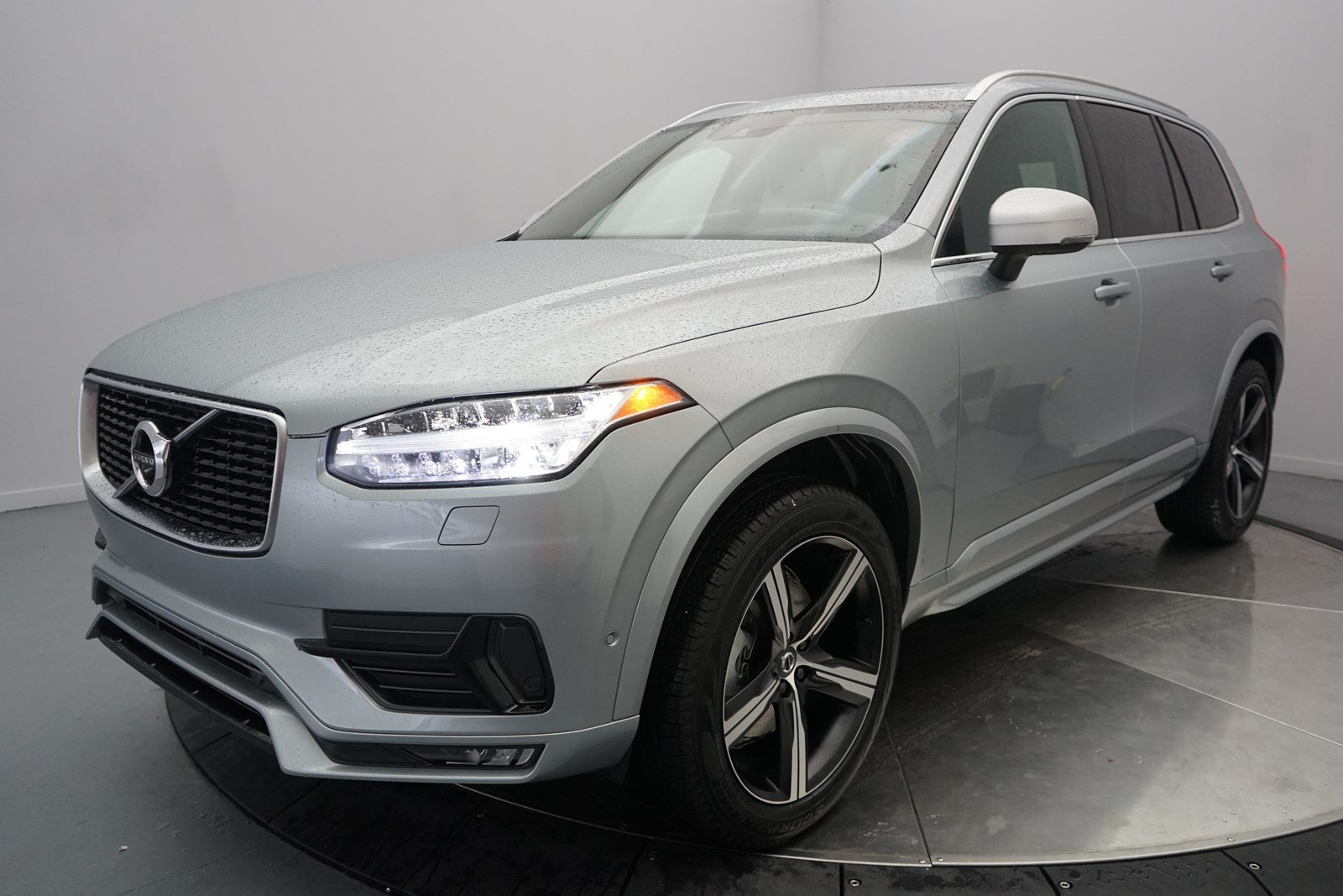 pre owned 2018 volvo xc90 r design sport utility in